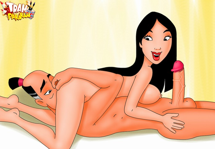 Busty hottie Mulan handles king-size love clubs